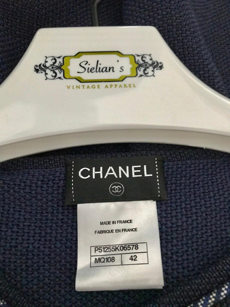 Chanel Navy Blue Knit Drop Waist Dress In Excellent Condition For Sale In Beverly Hills, CA