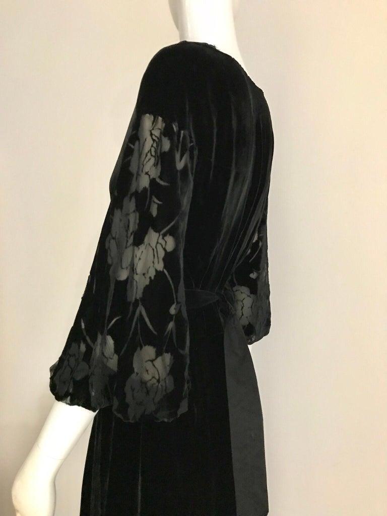 1930s Black Velvet Gown For Sale at 1stdibs