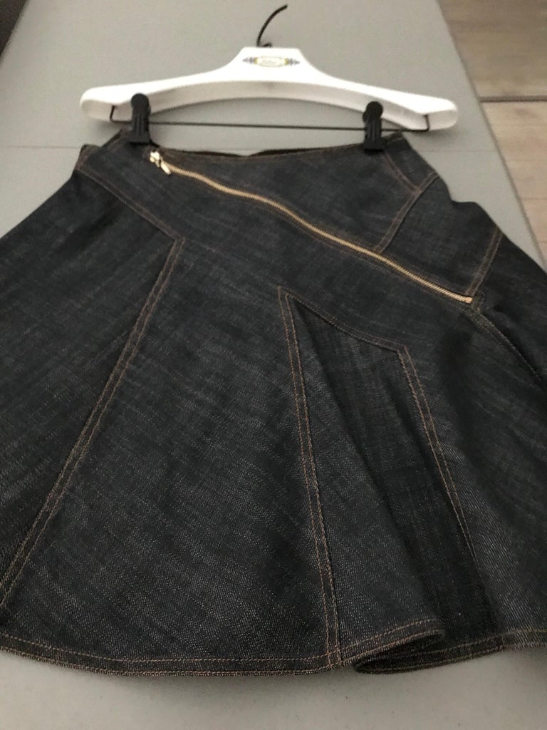 ALAIA Denim Zipper  Skirt In Excellent Condition For Sale In Beverly Hills, CA