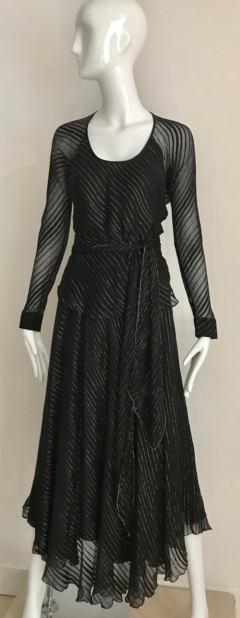 Vintage Julio Black and Gild Silk Blouse and Skirt Set  For Sale 7