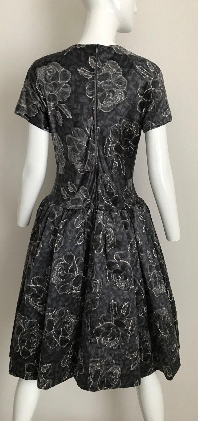 Vintage Norman Norell Blue and Grey Floral Print Silk Velvet Cocktail Dress  For Sale 5