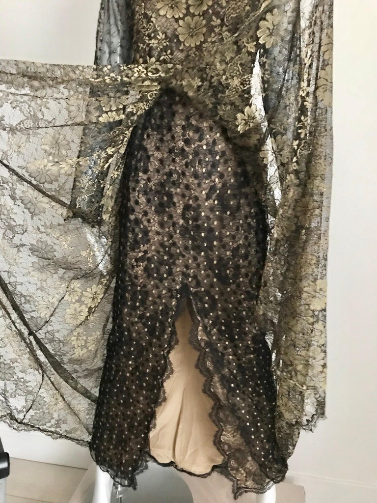 Geoffrey Beene Vintage Gold And Black Metallic Lace Dress  For Sale 2