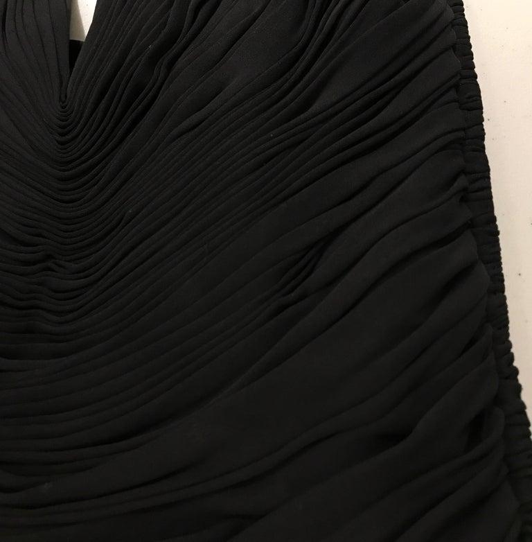 VICKY TIEL Black V Neck Jersey Halter Cocktail Mini Dress 1980s For Sale 4