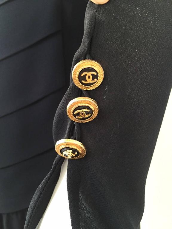Women's  Vintage CHANEL black dress with asymetrical hem For Sale