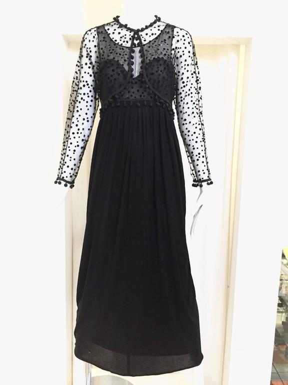 Vintage GEOFFREY BEENE matte jersey and silk dress with velvet dot cardigan set For Sale 2