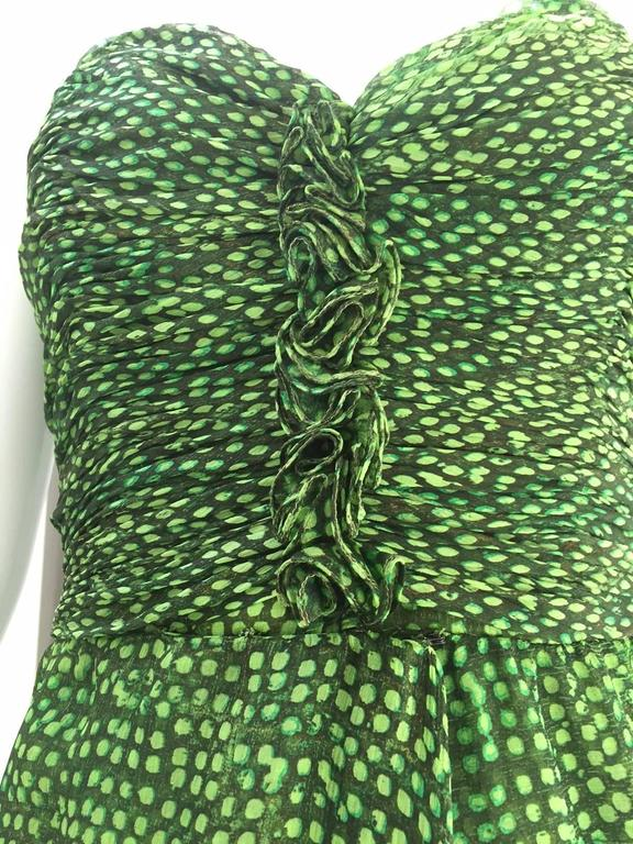 90s Oscar De La Renta green strapless silk chiffon gown with shawl 5