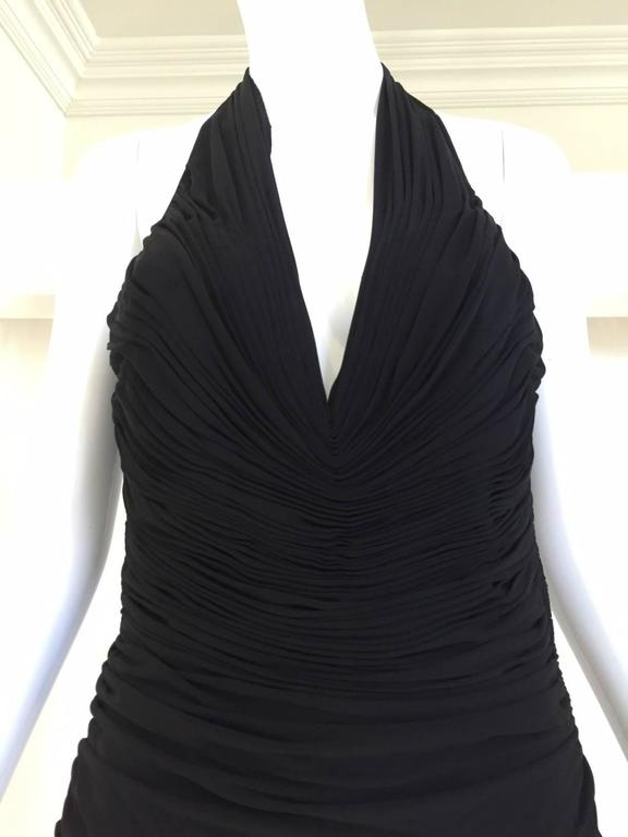VICKY TIEL Black V Neck Jersey Halter Cocktail Mini Dress 1980s In Excellent Condition For Sale In Beverly Hills, CA