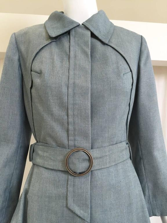 1970s Donald Brooks light blue cotton trench coat In Good Condition For Sale In Beverly Hills, CA