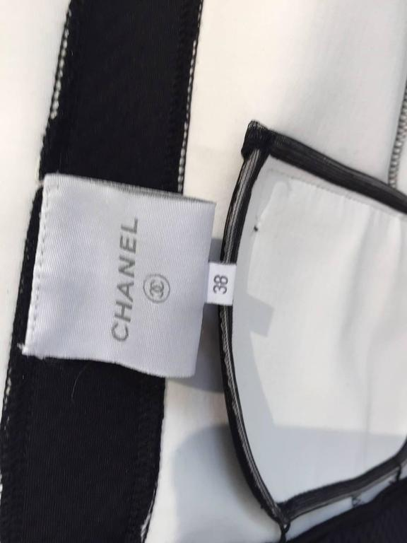 Vintage 1990s CHANEL Silver and Black Vest  5