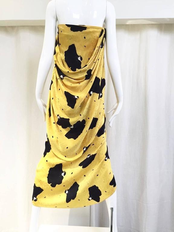 63f7a7b93c Orange Vintage Bill Blass Yellow and Black Print Silk Dress For Sale