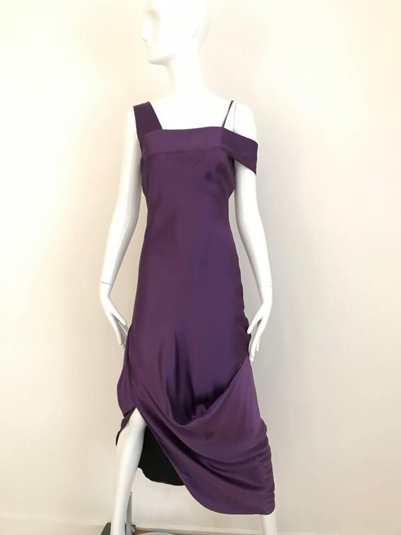 ALEXANDER MCQUEEN Violet Grecian Silk Gown with Asymmetrical Shoulder For Sale 4