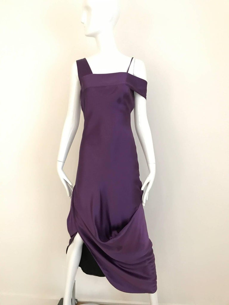 ALEXANDER MCQUEEN Violet Grecian Silk Gown with Asymmetrical Shoulder For Sale 4