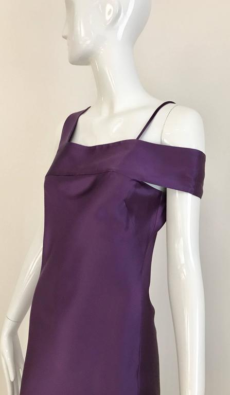 ALEXANDER MCQUEEN Violet Grecian Silk Gown with Asymmetrical Shoulder For Sale 3