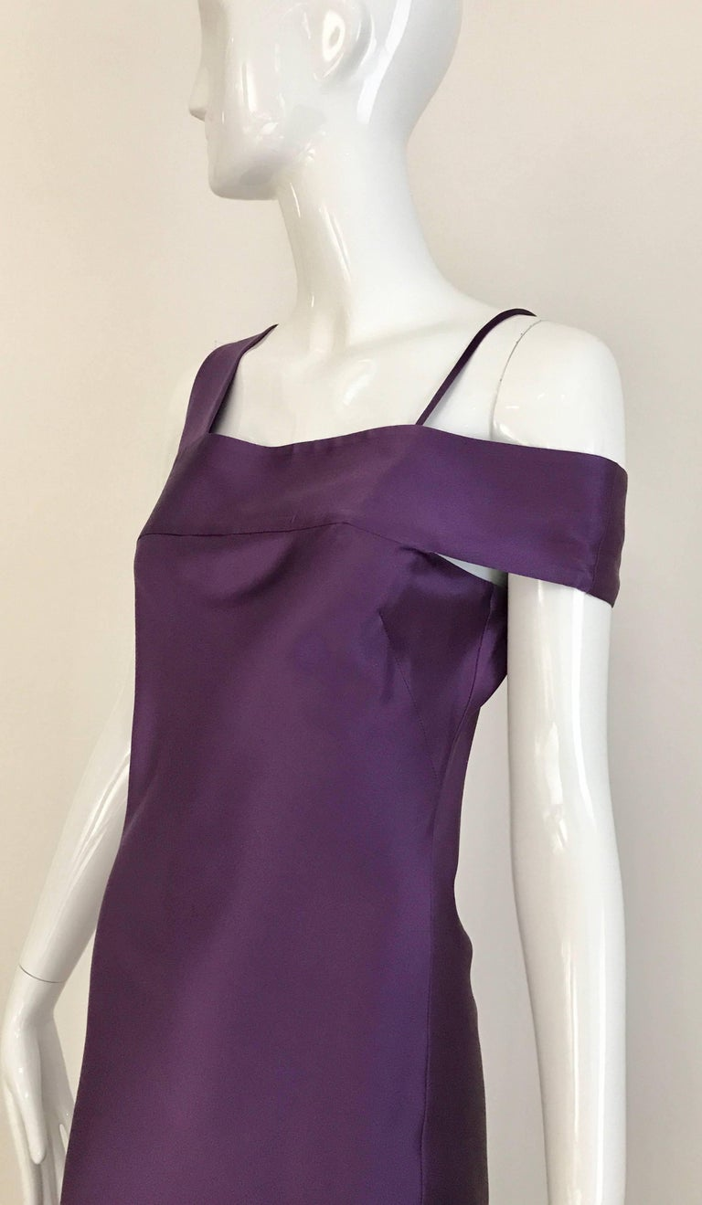 ALEXANDER MCQUEEN Violet Grecian Silk Gown with Asymmetrical Shoulder For Sale 3