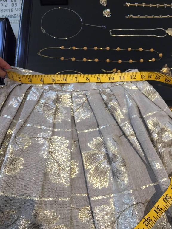 70s Oscar De La Renta grey and gold metallic linen 2 pcs For Sale 1