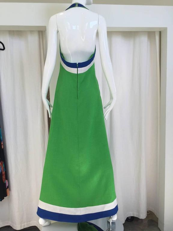 Green linen halter maxi dress, 1970s In Good Condition For Sale In Beverly Hills, CA