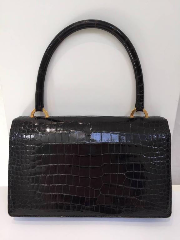 Hermes Vintage crocodile purse, 1960s  In Good Condition For Sale In Beverly Hills, CA