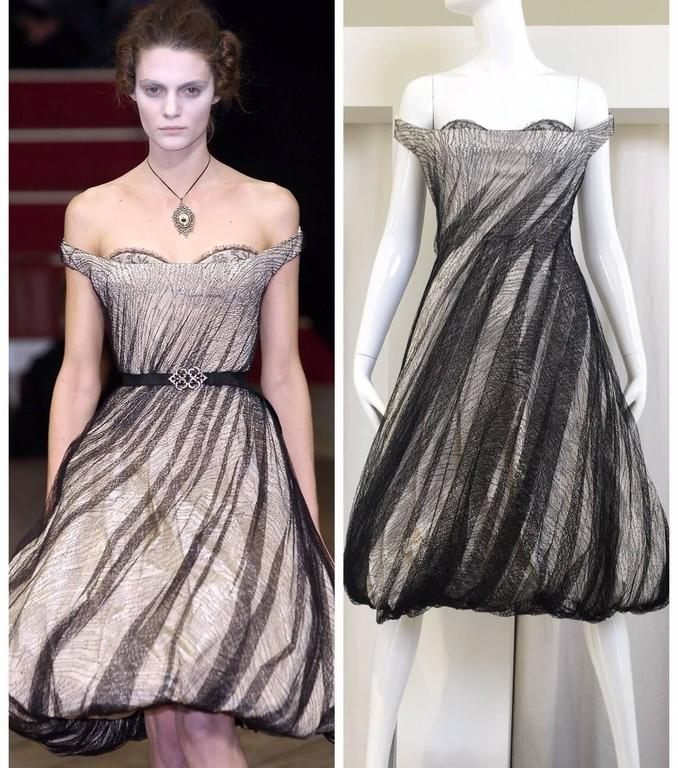 Alexander McQueen Tulle Overlay Runway Dress, 2007  In Excellent Condition For Sale In Beverly Hills, CA