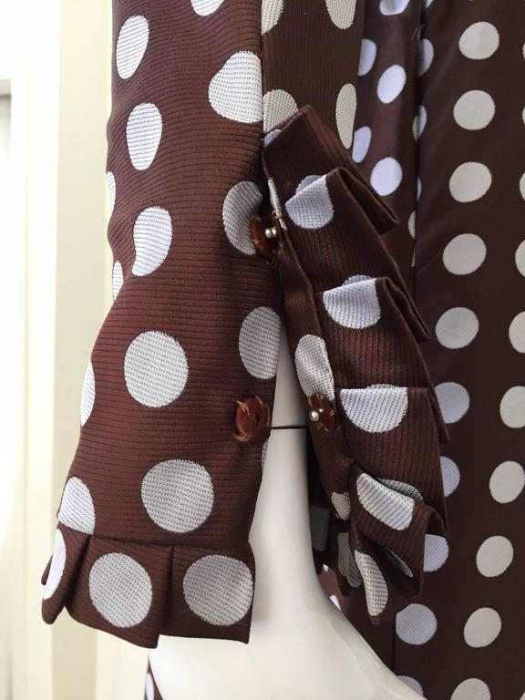 Geoffrey Beene brown and grey silk polka dot dress, 1960s  In Excellent Condition For Sale In Beverly Hills, CA
