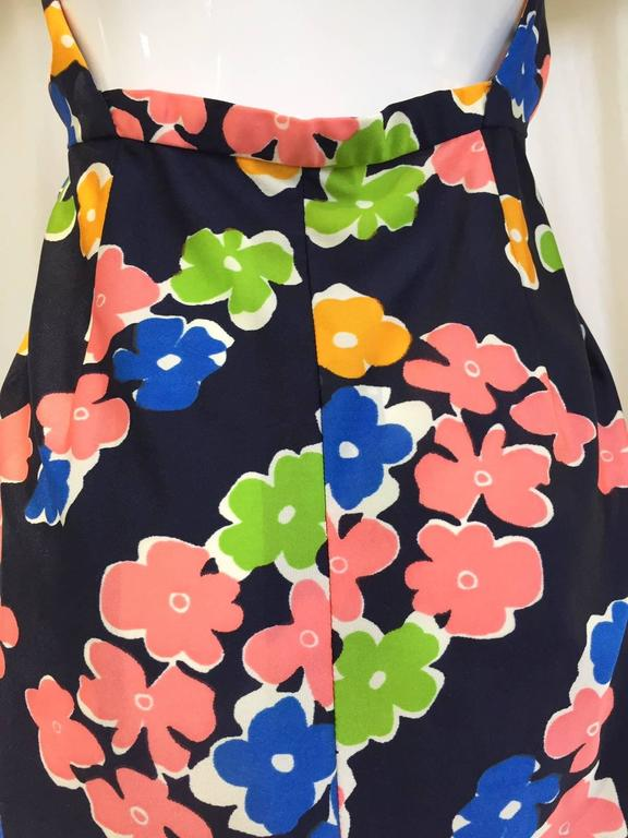 Women's 1970s OSCAR DE LA RENTA navy blue floral print halter jersey dress For Sale