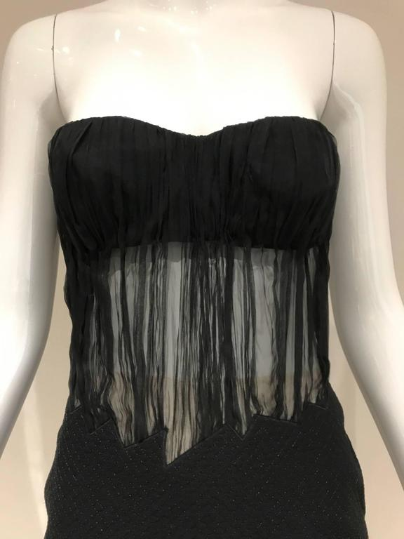 1990s Gianni Versace Black Silk Sheer Strapless Cocktail Mini Dress In Good Condition For Sale In Beverly Hills, CA