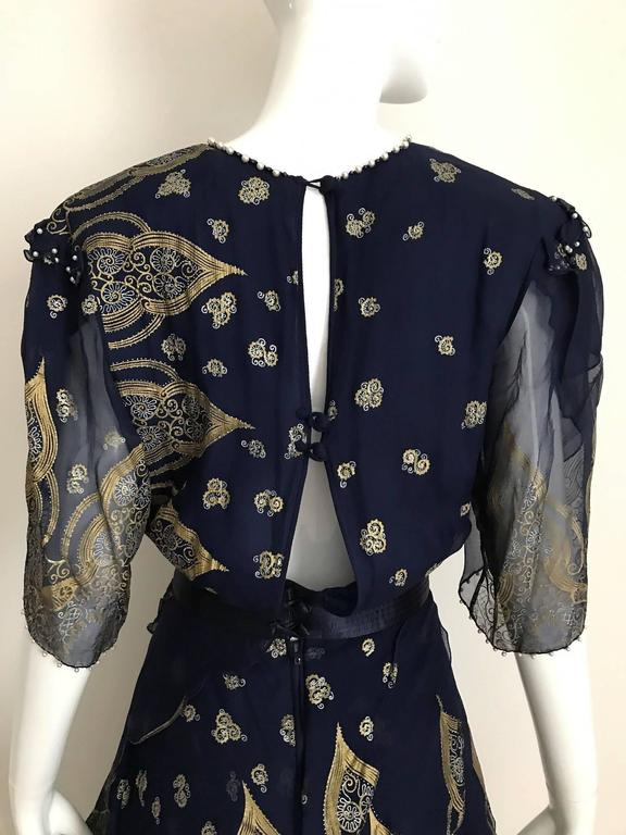 Women's Vintage Zandra Rhodes 1980s Blue and gold hand print silk cocktail dress For Sale