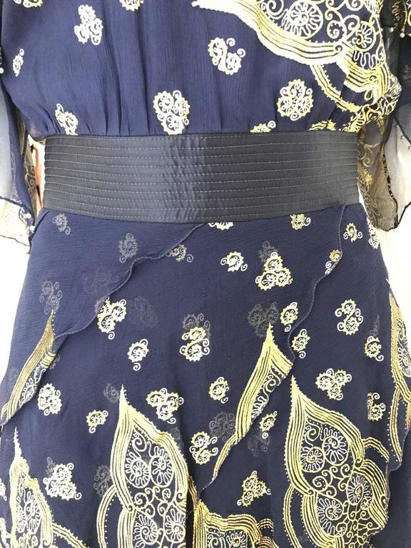 Vintage Zandra Rhodes 1980s Blue and gold hand print silk cocktail dress For Sale 3