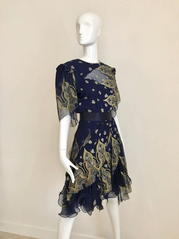 Vintage Zandra Rhodes 1980s Blue and gold hand print silk cocktail dress For Sale 4