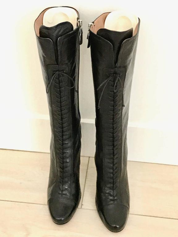 Black Vintage ALAIA black leather knee boot For Sale