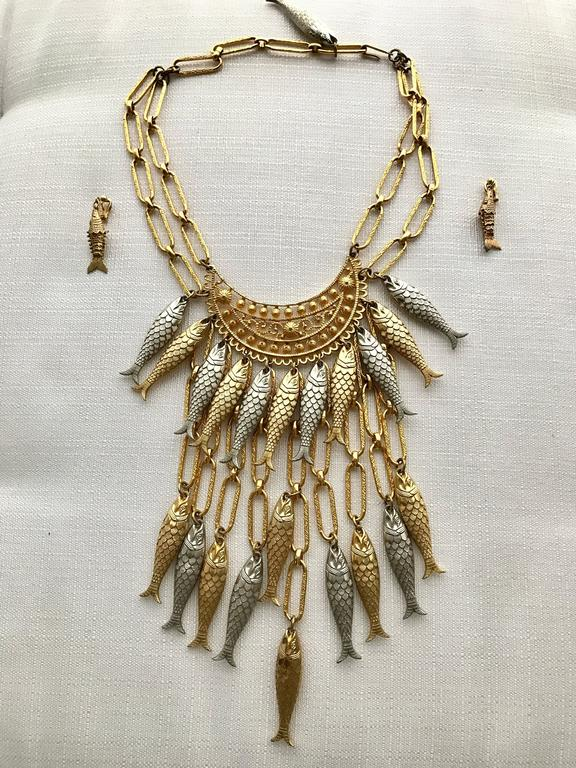 1970s Gold and Silver Fish Bib Necklace with earring set 5