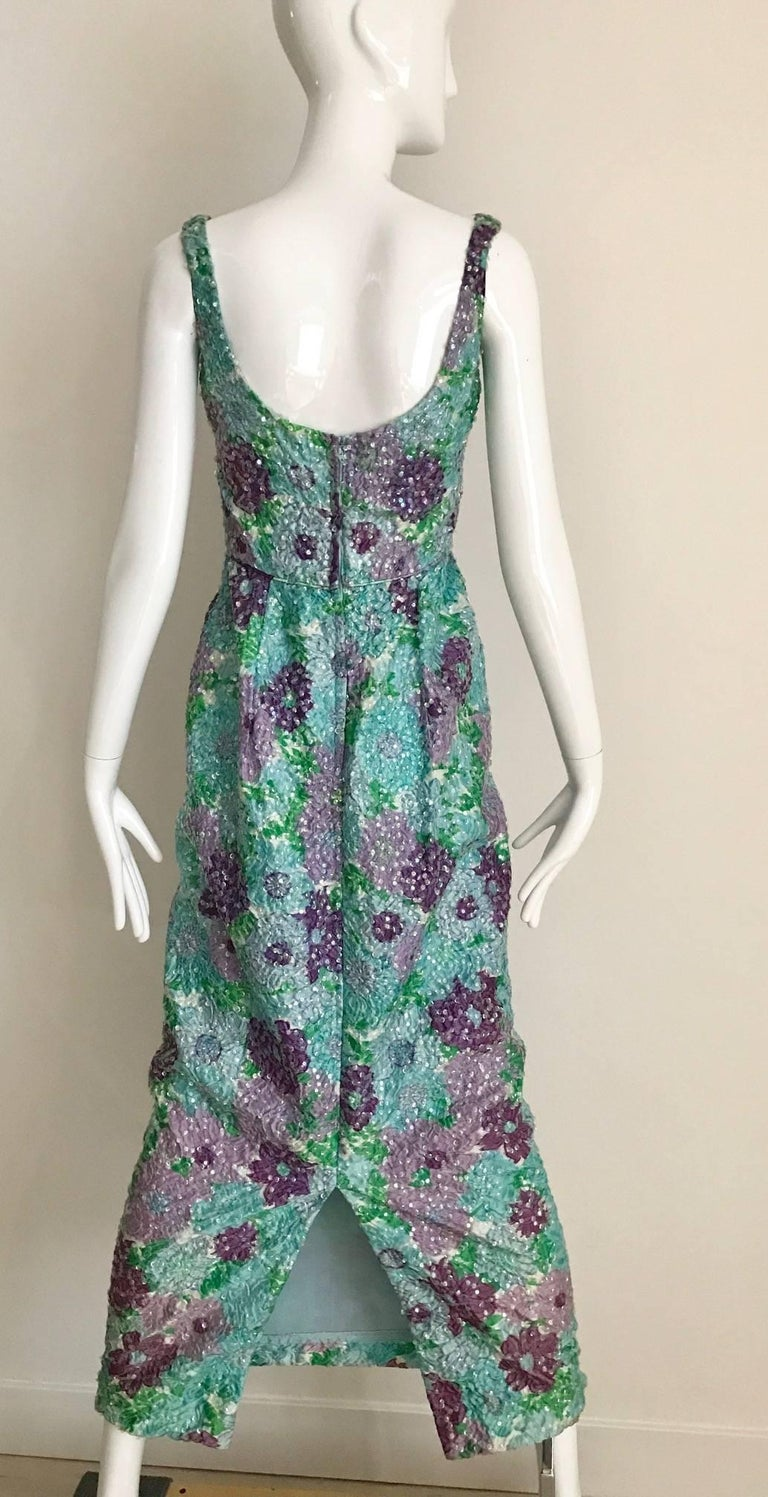 1960s Watercolor  Blue and Purple Floral Print Sleeveless Sheath Dress In Good Condition For Sale In Beverly Hills, CA