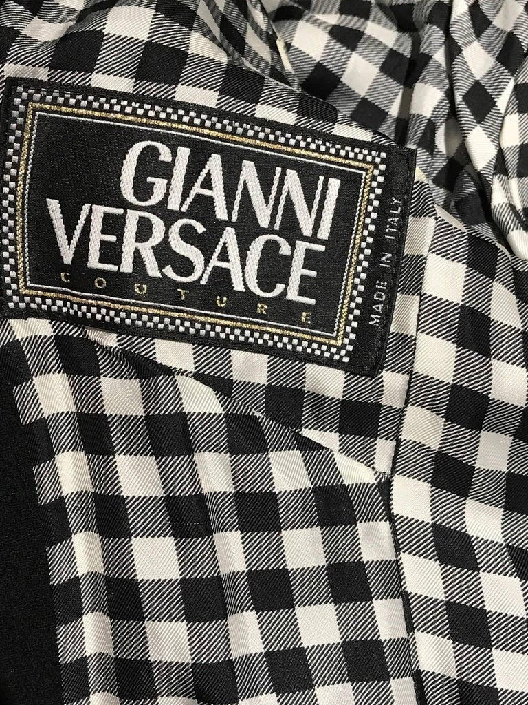 Women's Vintage Gianni Versace Couture 90s Black Peacoat Jacket For Sale
