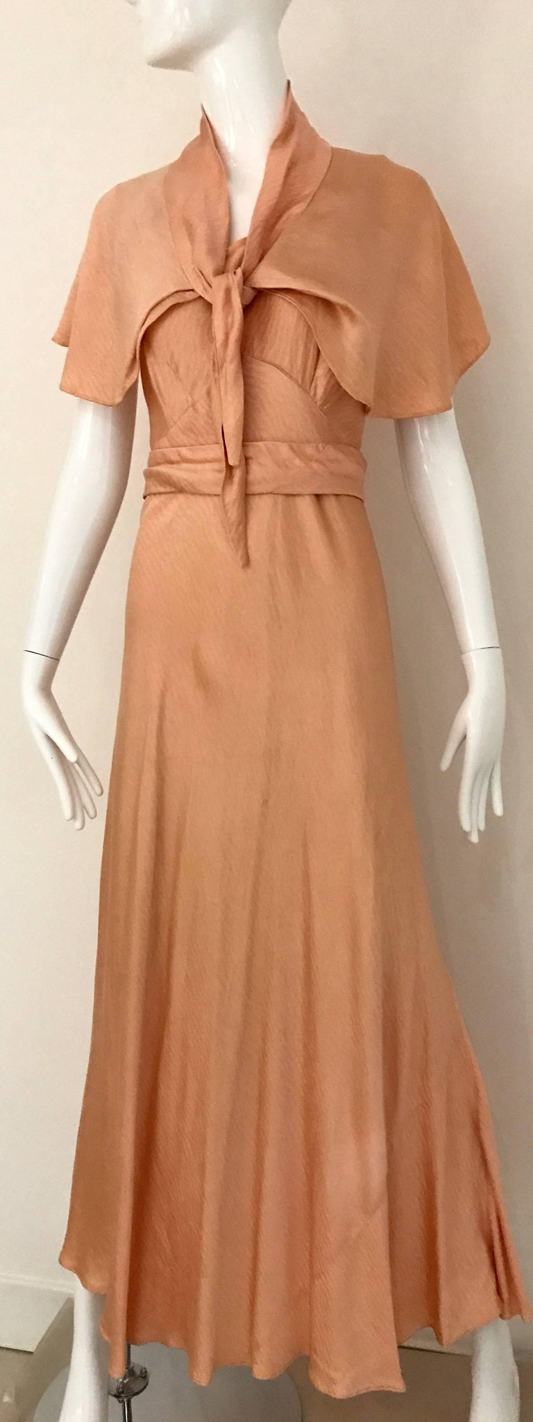 1930s Peach Silk Bias Cut Dress with Shawl Capelet  For Sale 3