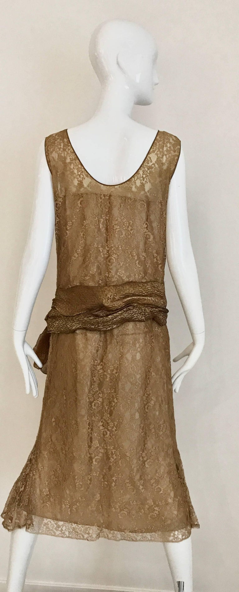 1920s Mocha Metallic Lace Flapper Dress In Good Condition For Sale In Beverly Hills, CA