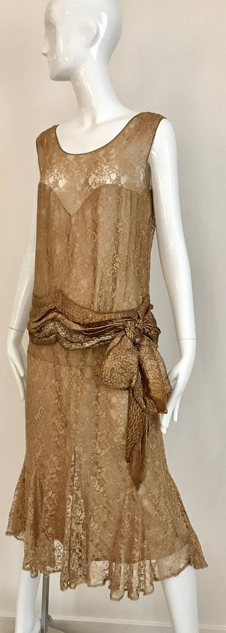 Women's 1920s Mocha Metallic Lace Flapper Dress For Sale