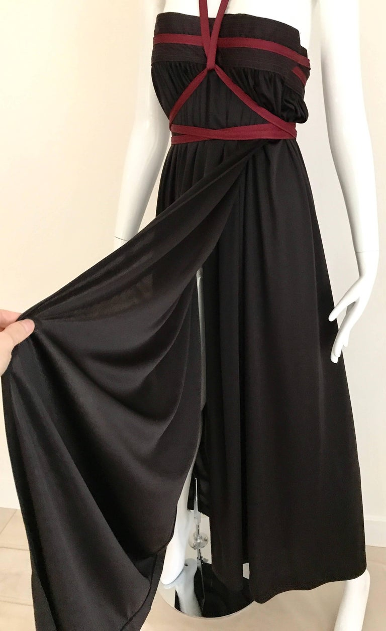1970s Geoffrey Beene Brown and Red Knit Maxi Dress In Excellent Condition For Sale In Beverly Hills, CA