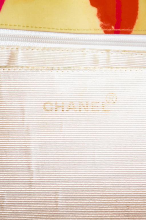 Vintage Chanel Cream Quilted Lip Print 'CC' Stitched Gold Hardware Chain Bag 7