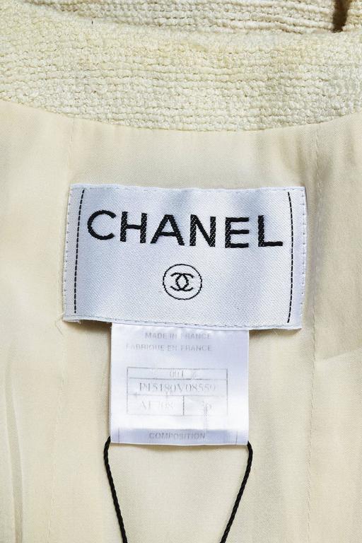 Chanel 00T Cream Cotton Tweed Collarless Two Button Blazer Jacket Size 36 3