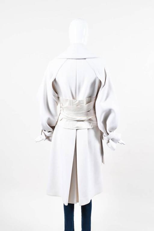 Gucci Runway FW 2003 Cream Wool Angora Wide Collar Corset Belted Coat SZ 40 2