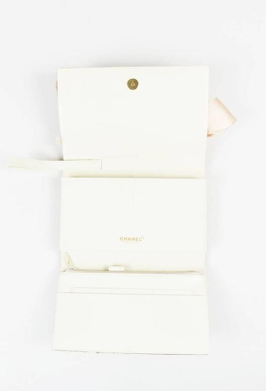 Chanel 01A Tan Rose Gold Leather Tweed Camellia Clutch 5