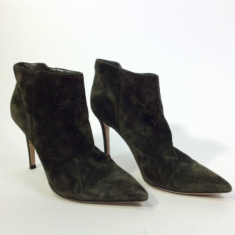 Gianvito Rossi Olive Suede Pointed Bootie For Sale 2