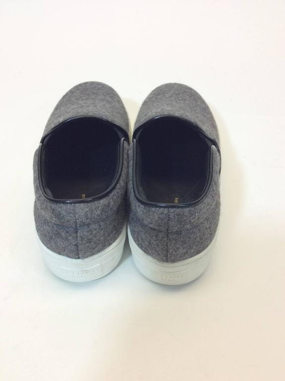 Celine Skate Slip on Grey Felt Sneakers In Excellent Condition For Sale In Narberth, PA