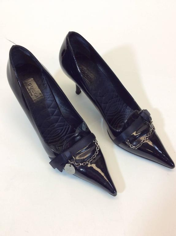 Black Gucci Navy Patent Leather Pump For Sale