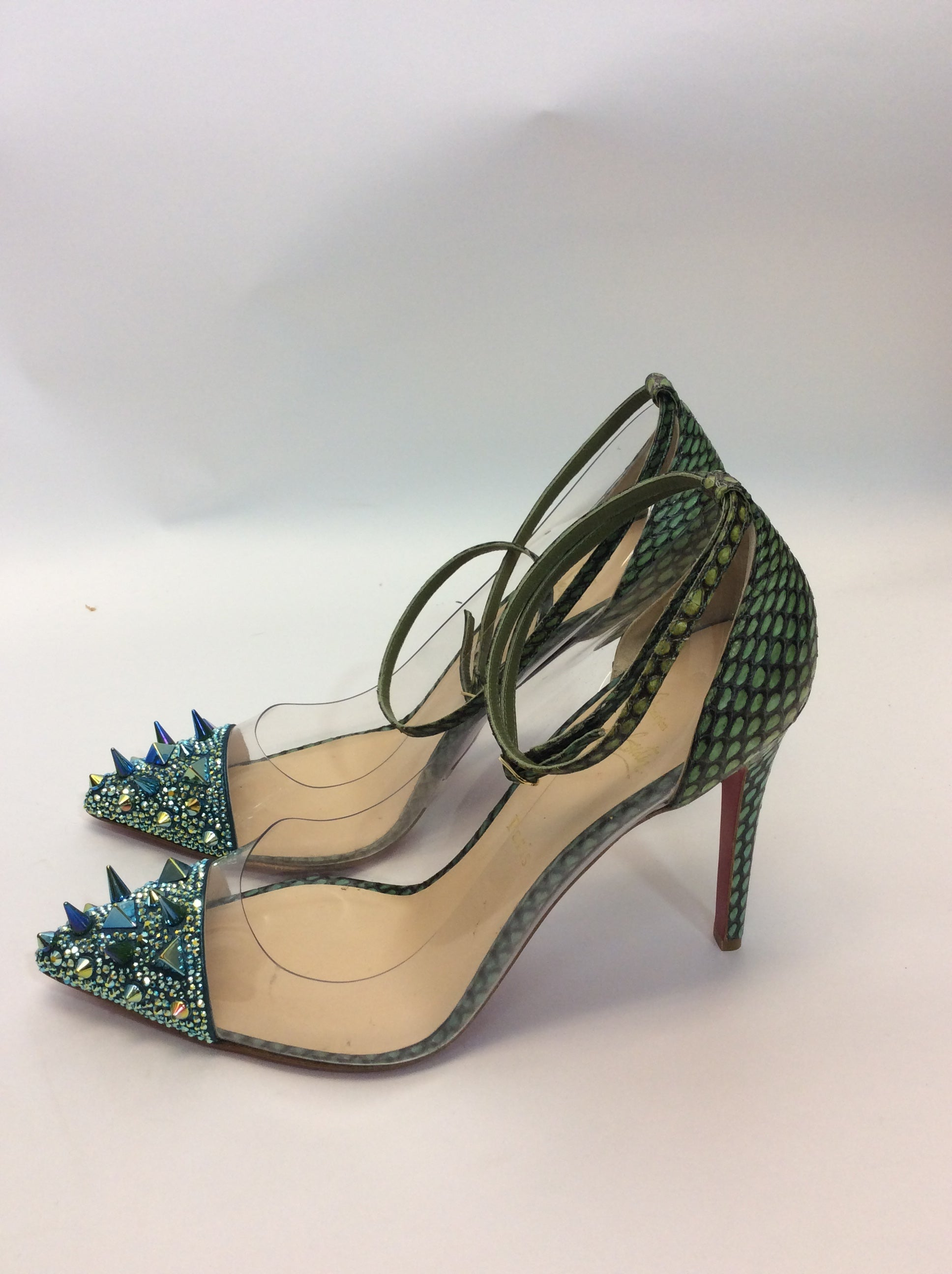 85c4170d4f0 Christian Louboutin NIB Just Picks 100 Pot Pourri PVC Cobra Version Green  Pumps