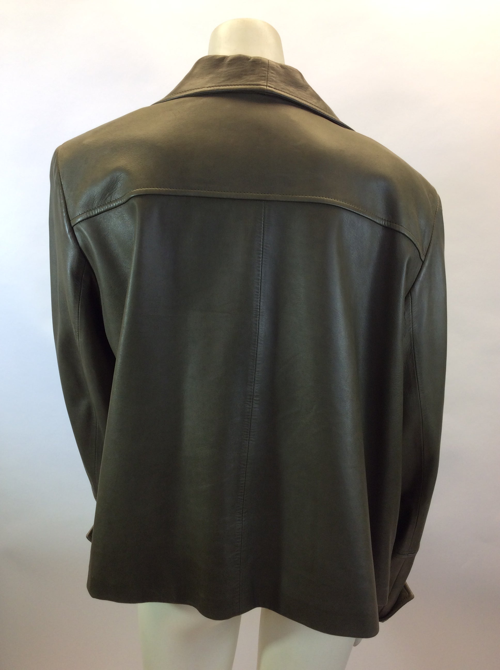 daa44f01fff4 Lafayette 148 Olive Green Leather Jacket For Sale at 1stdibs