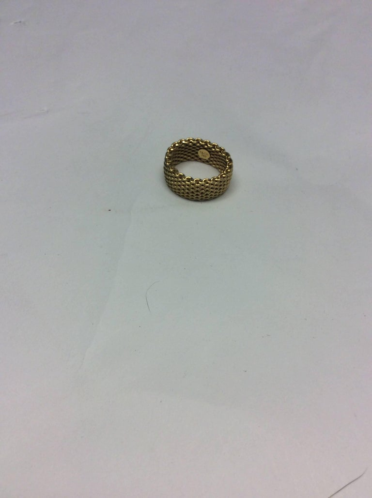 Brown Tiffany & Co. Gold Mesh Somerset 18K Ring  For Sale