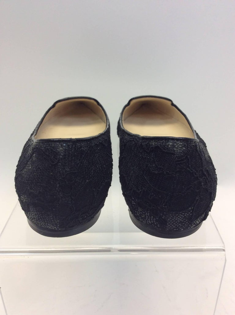 Jimmy Choo Black Lace Flat In Good Condition For Sale In Narberth, PA