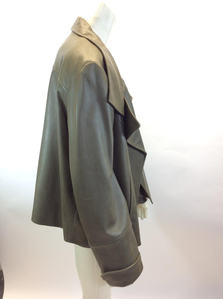 3de4fd01cc9d Lafayette 148 Olive Green Leather Jacket In Good Condition For Sale In  Narberth, PA