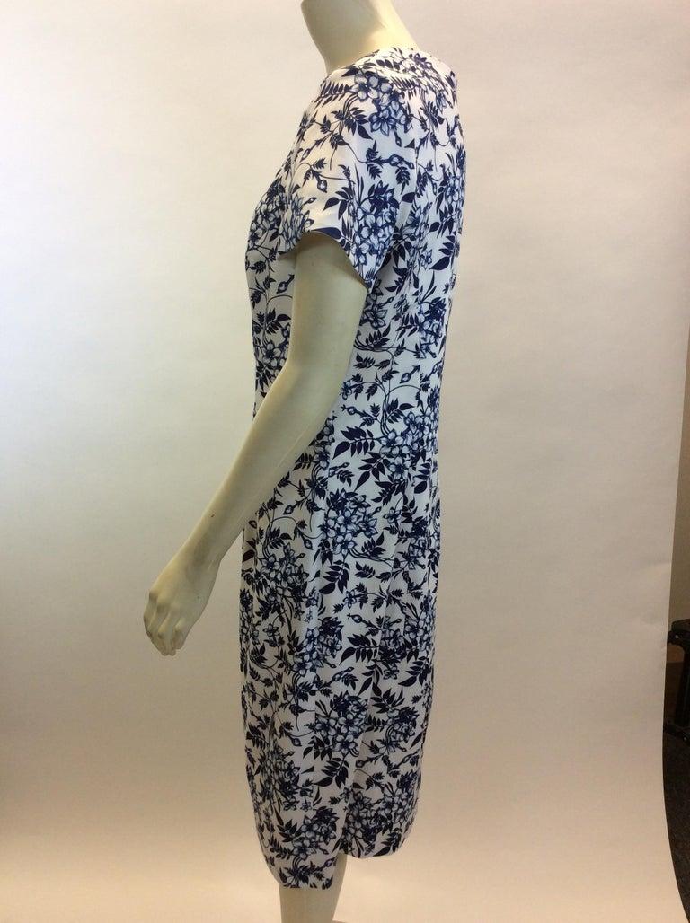 Carolina Herrera Navy Blue and White Print Dress NWT $599 Made in Italy 97% Cotton, 3% Elastane Size 14 Length 40