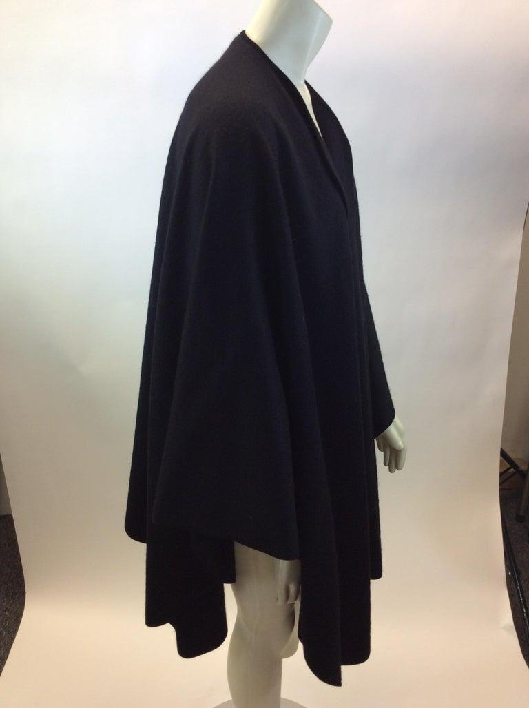 Women's Loro Paina Black Cashmere Shawl For Sale